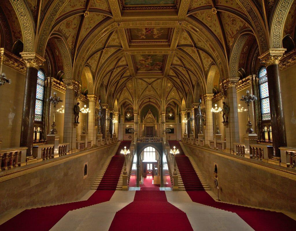 escalier principal parlement