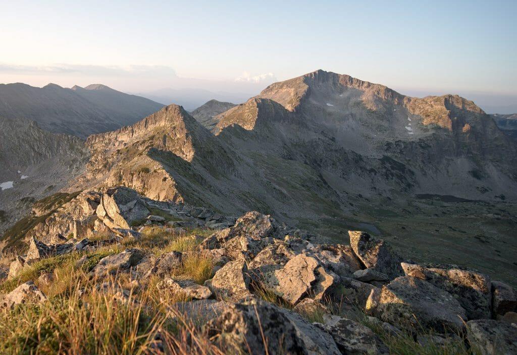 lever de soleil en montagne