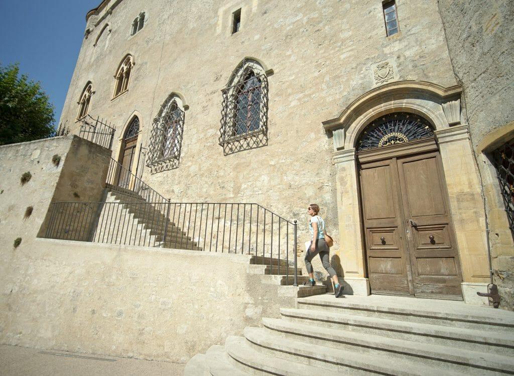 l'entrée du chateau de grandson