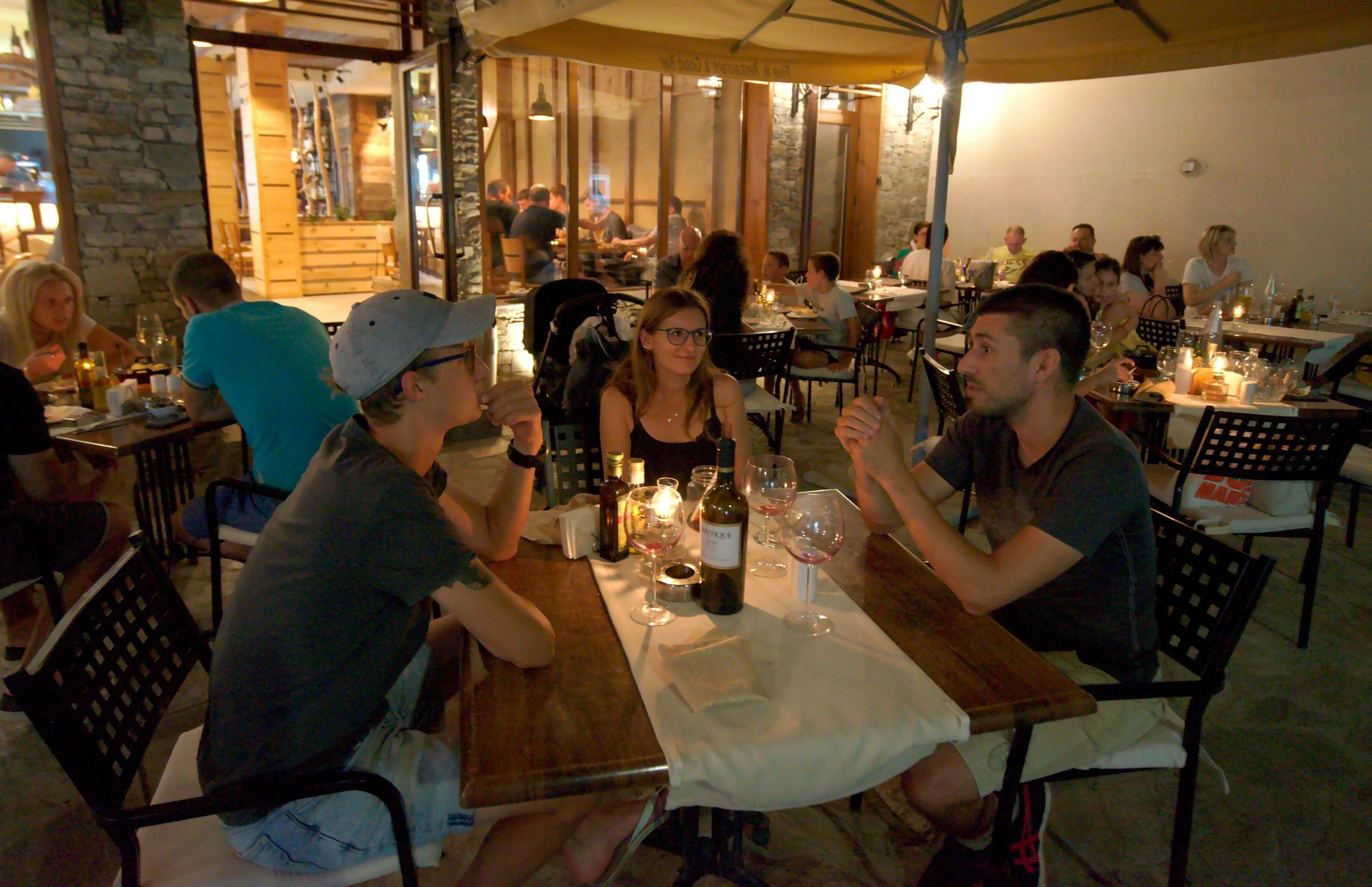 restaurant five m