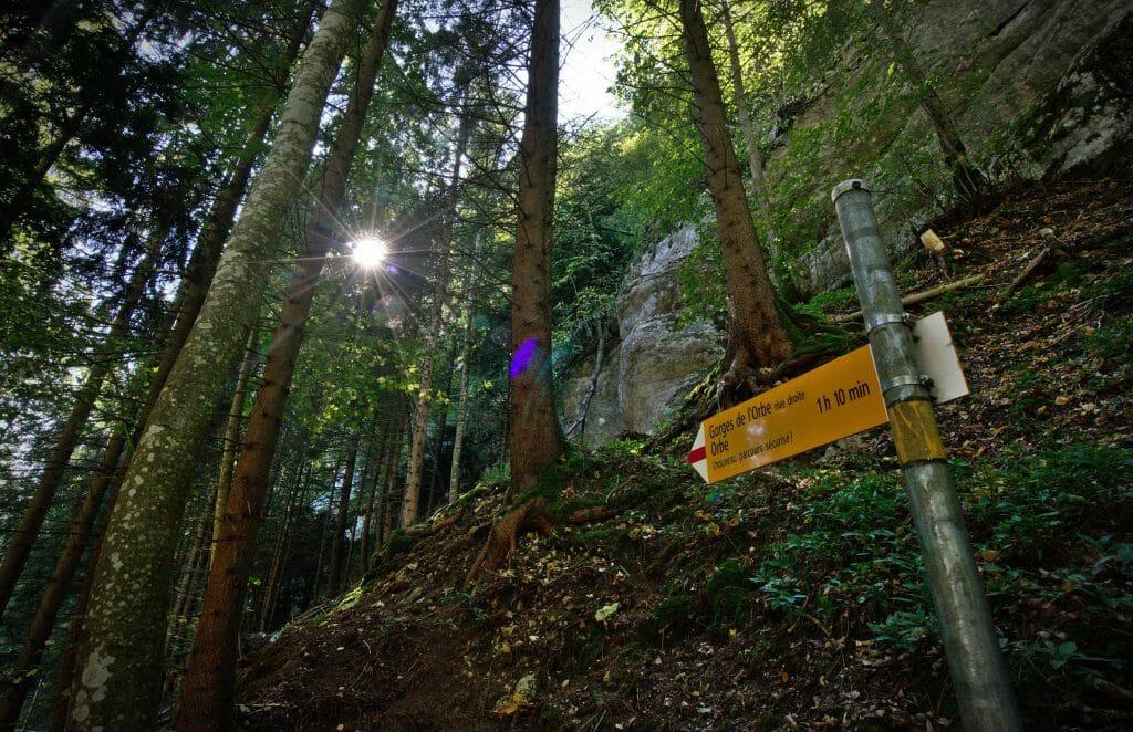 panneau de randonnée en suisse