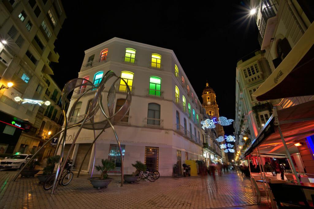 la plaza del Siglo de nuit à Malaga