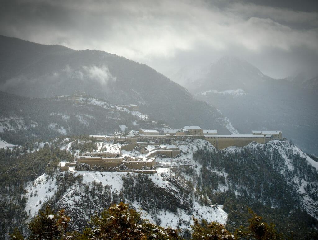 le fort des Têtes au-dessus de Briançon