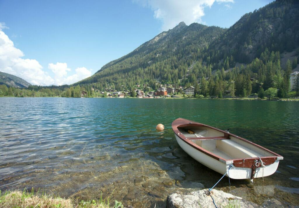 barque au lac de champex