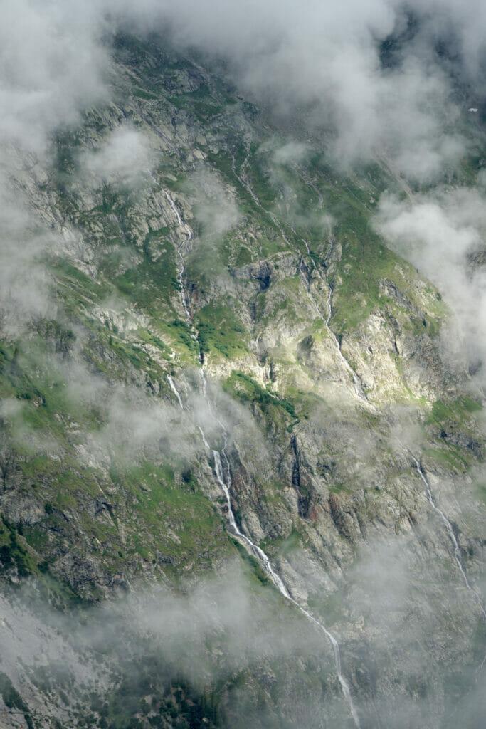 brume et montagne