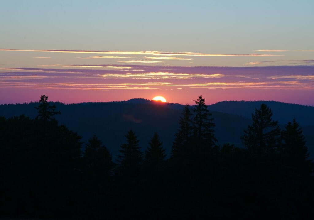 sunset creux du van