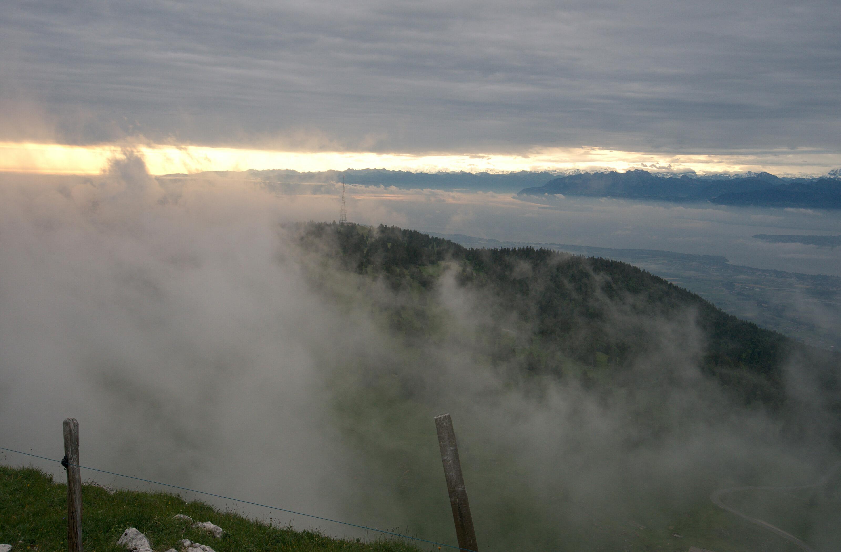 dans les nuages à la dôle