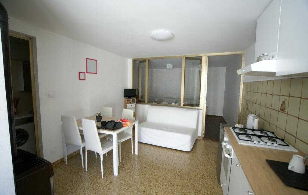 airbnb-locana