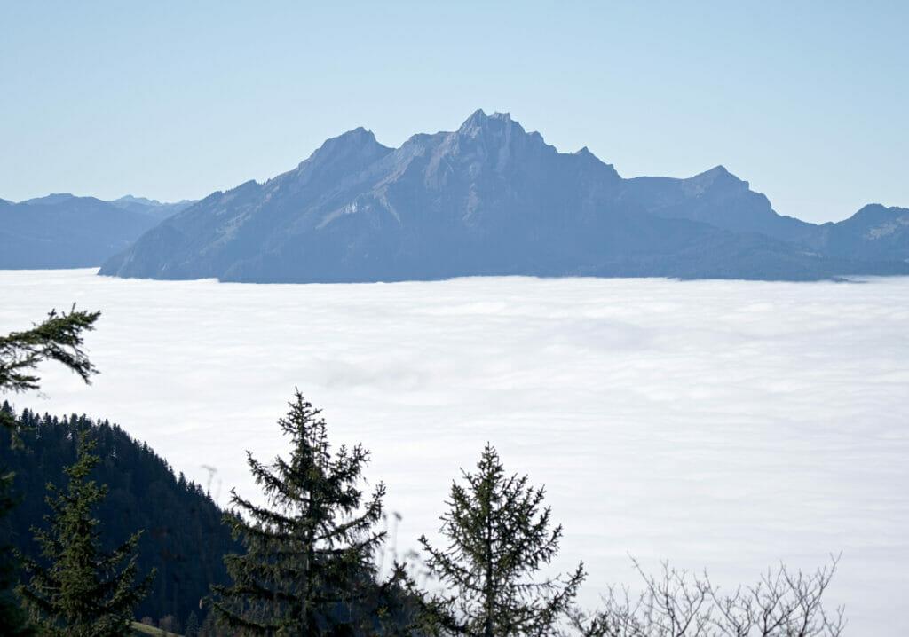 pilatus et mer de nuages
