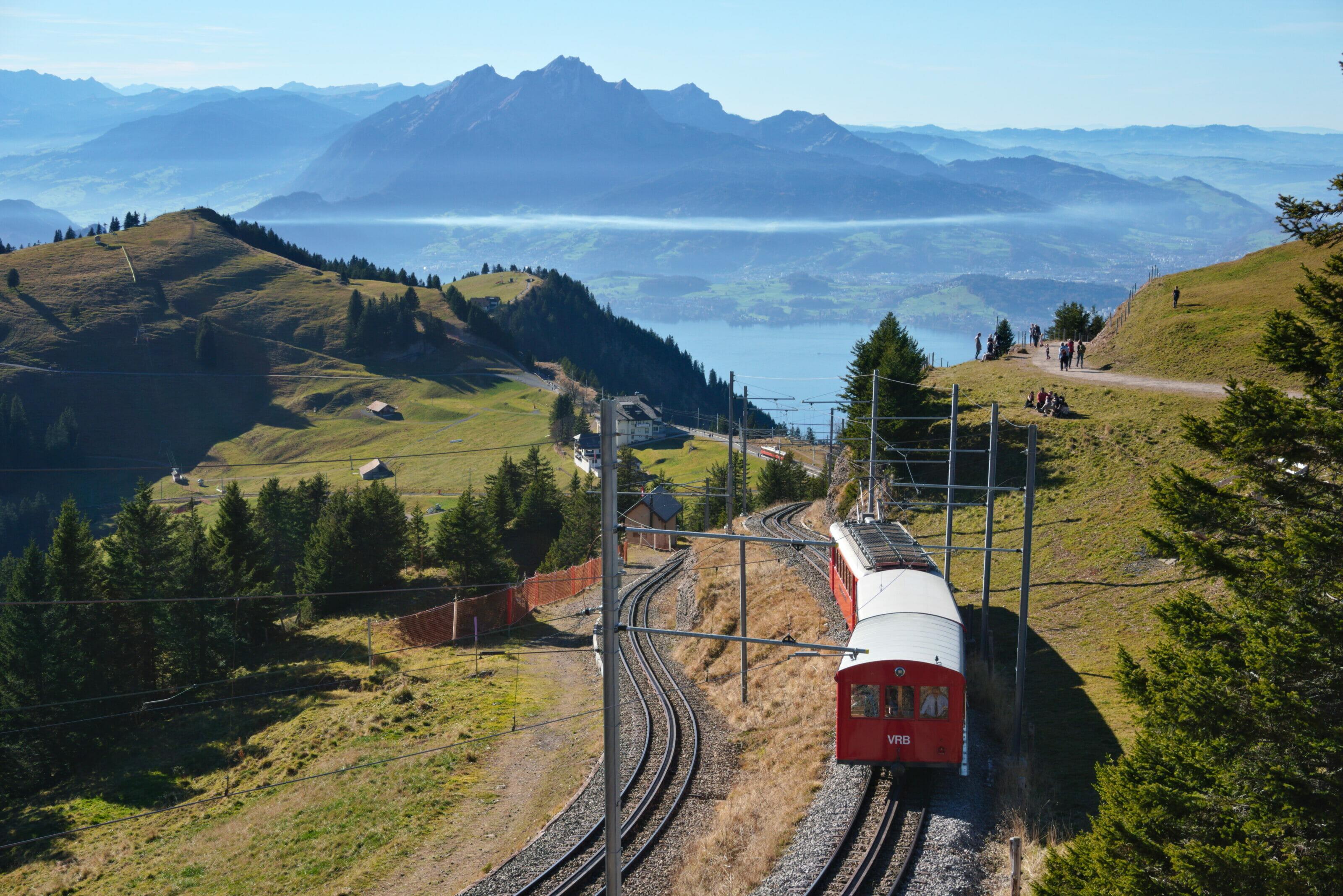 le train du mont rigi sur le lac des 4 cantons