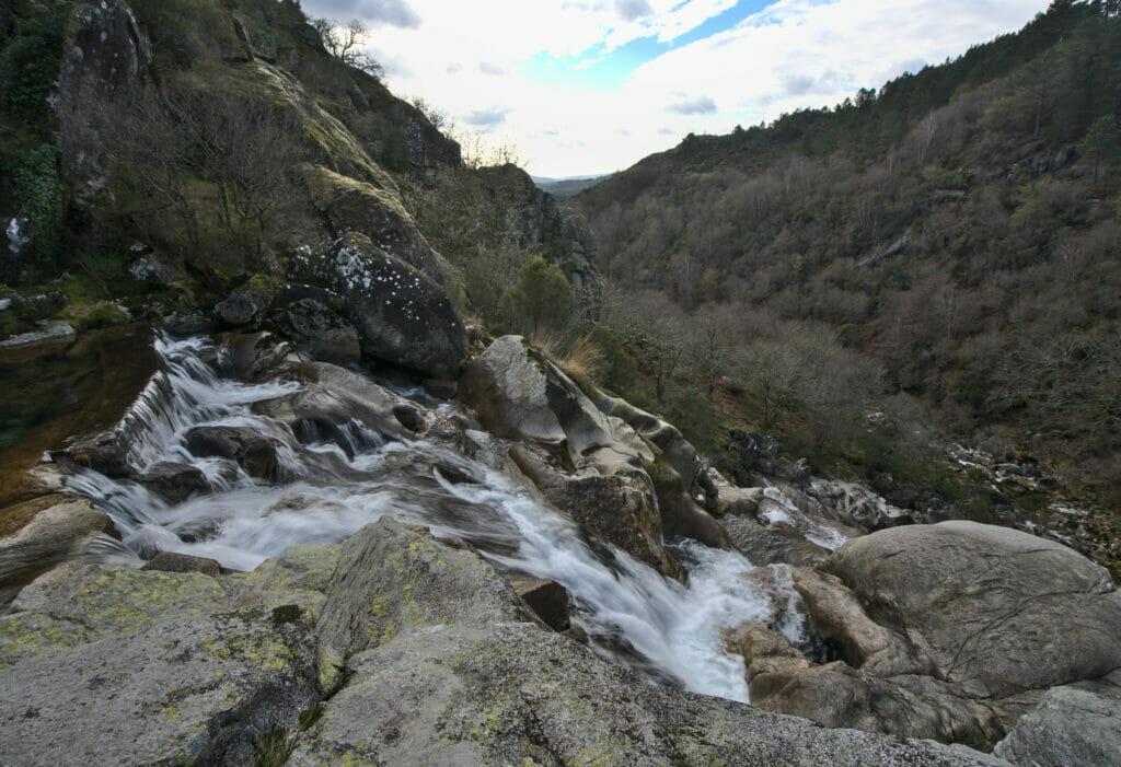 la cascade de Linares en Galice