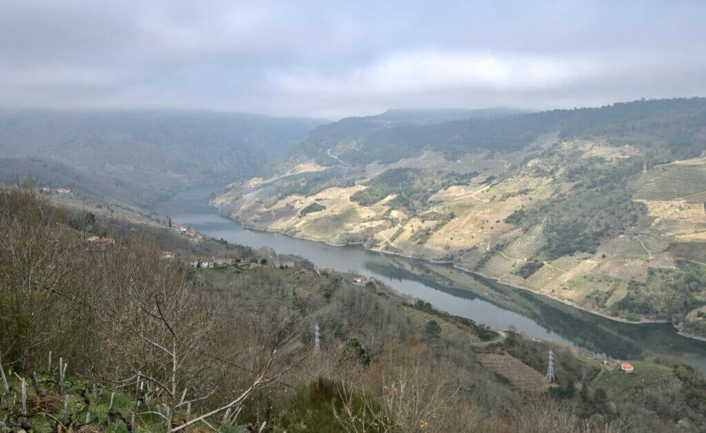 point de vue sur le canyon del Sil ribeira sacra