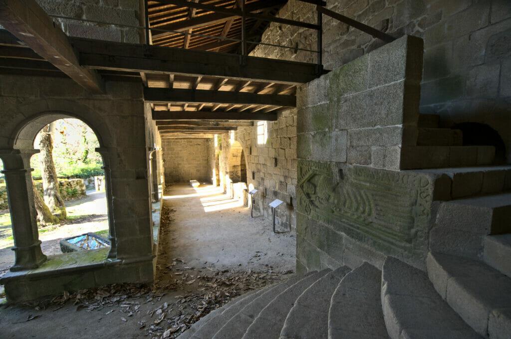 l'intérieur du monastère de Santa Cristina