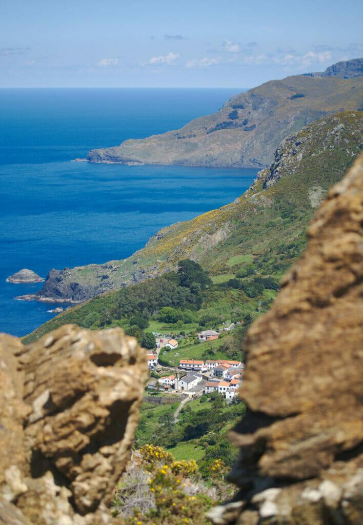 vue sur San Andres de Teixido depuis Chao do Monte