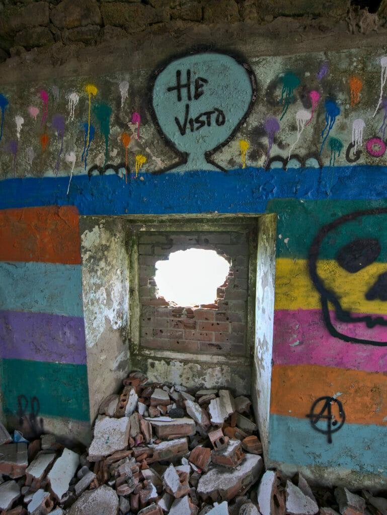 à l'intérieur du bâtiment au Monte Ventoso