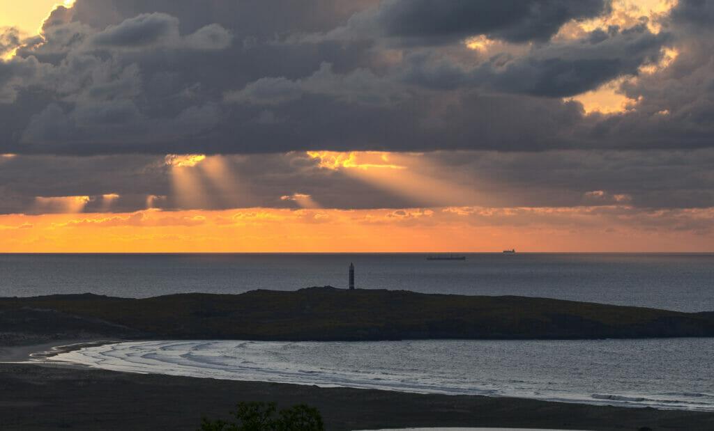 coucher de soleil sur la plage a Frouxeira
