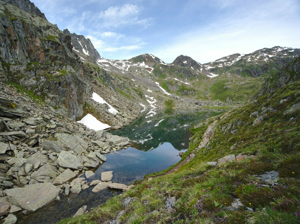 le lac de Toma, source du Rhin