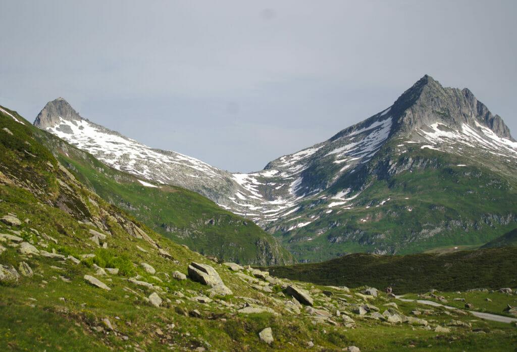montagnes Oberalppass