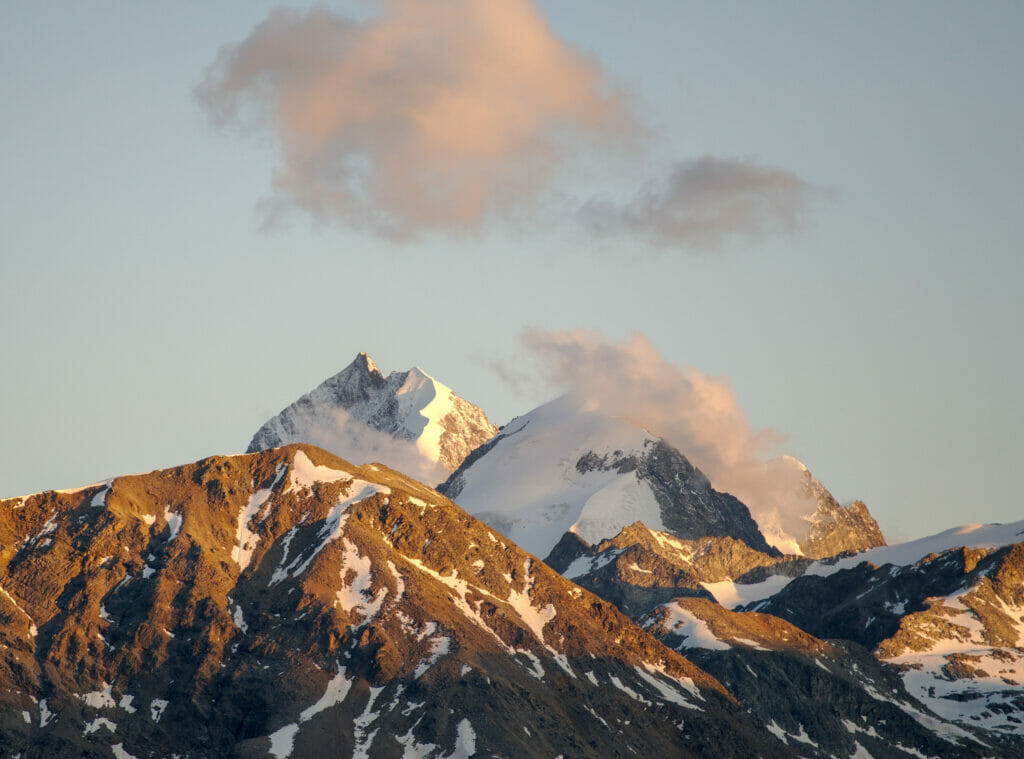 lumières soir montagne