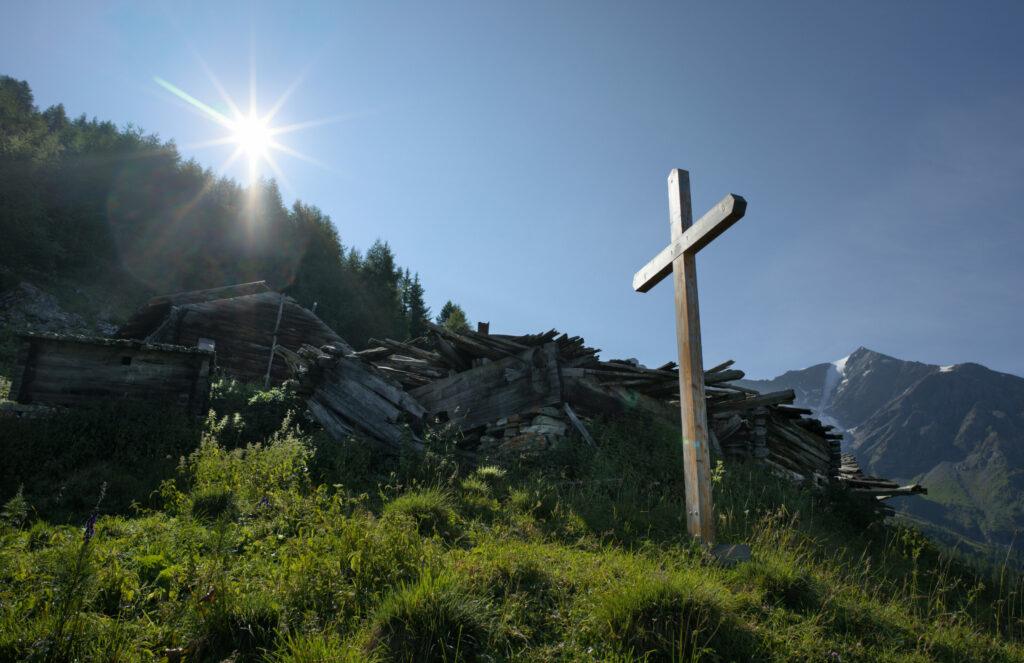 la croix de l'alpage de Novelli