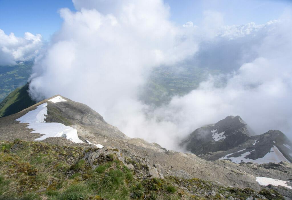 panorama dans les nuages à Chalin