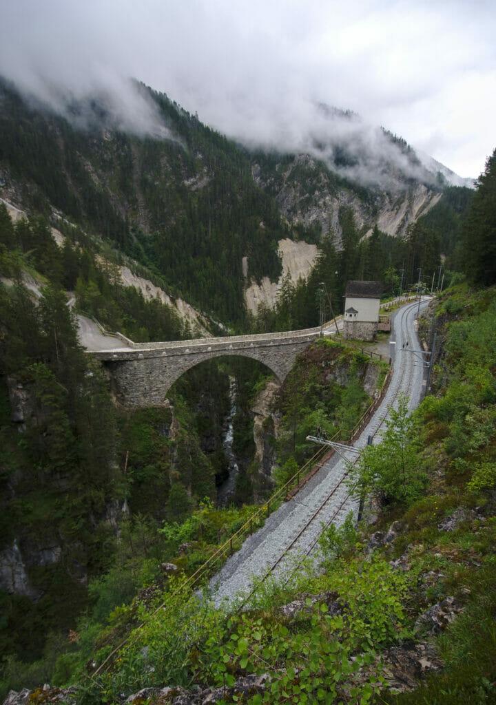gare et pont de Wiesen